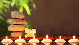 Frangipani massage olie. Met  pure olie van de heilige Balinese bloem, die het hart opent. Plastic flesje van  60 ml