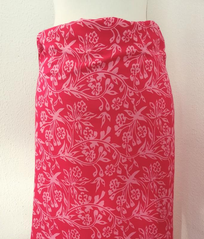 Bali authentieke ceremonie sarong. 170 X 120 cm Wasbaar op 30 graden. Met sarongknoop.