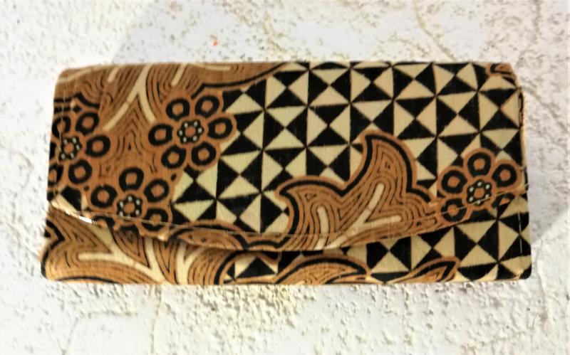 Batik Bali portemonnee.