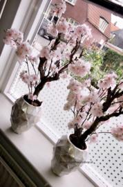 Schelpenpot met bloesems licht roze (24x17)