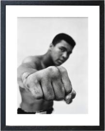Fotolijst zwart wit foto Muhammad Ali 'Fist'