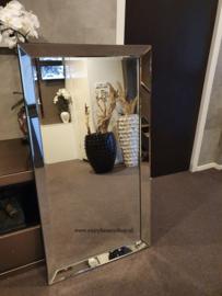 Spiegel met spiegelrand (70x130)