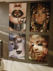 AluArt Kunstwerk - Girl Golden lips chain