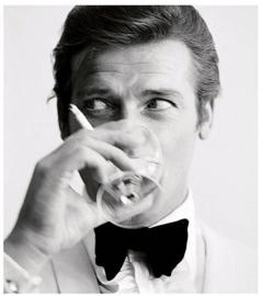 """Spiegellijst met Roger Moore James Bond """"Glass"""""""