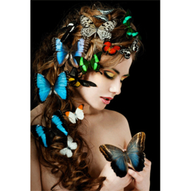 AluArt Kunstwerk - Girl With Butterflies in hair
