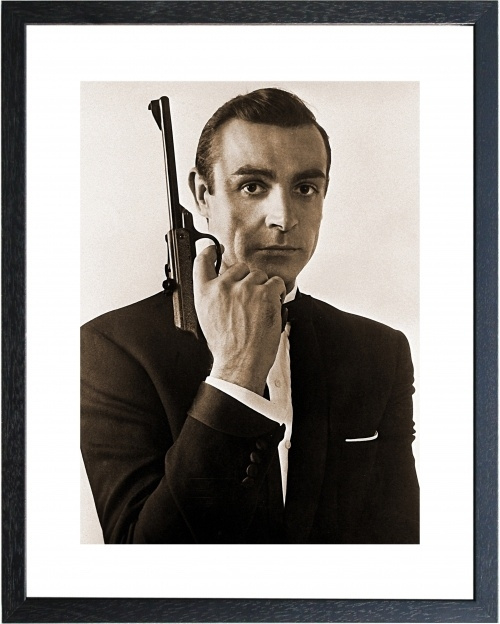 Fotolijst zwart wit foto James Bond pistool