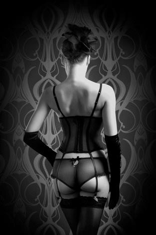 AluArt - Woman Lingerie Back 100x150