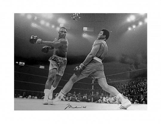 Spiegellijst met poster Muhammad Ali vs. Joe
