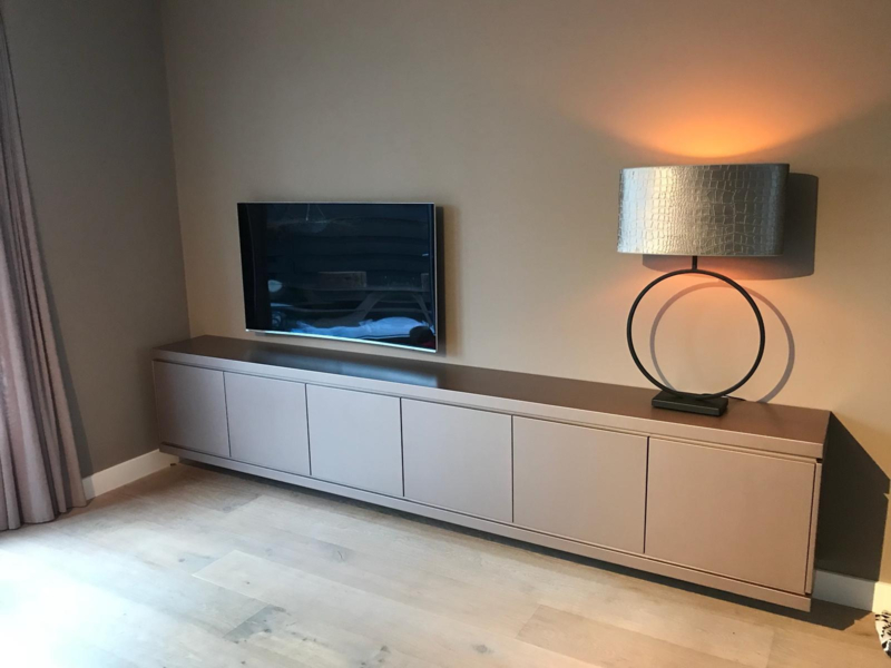 Tv Meubel En Kast.Maatwerk Dressoir Tv Dressoir Tv Kast Luxury Meubels Enjoy