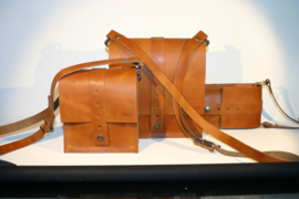 """Shoulder bag """"Four Seasons"""", 22 cm x 22 cm."""