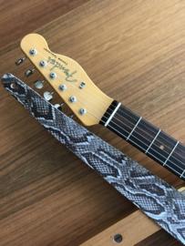 LIAM'S Lederen verstelbare gitaarband slangen print grijs- limited run - guitar strap
