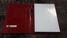 Writing case A4, without zipper, with insert pockets and pen loop.