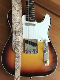 LIAM'S Lederen verstelbare gitaarband slangen print in het geel/bruin (SENDRA) - limited run - guitar strap