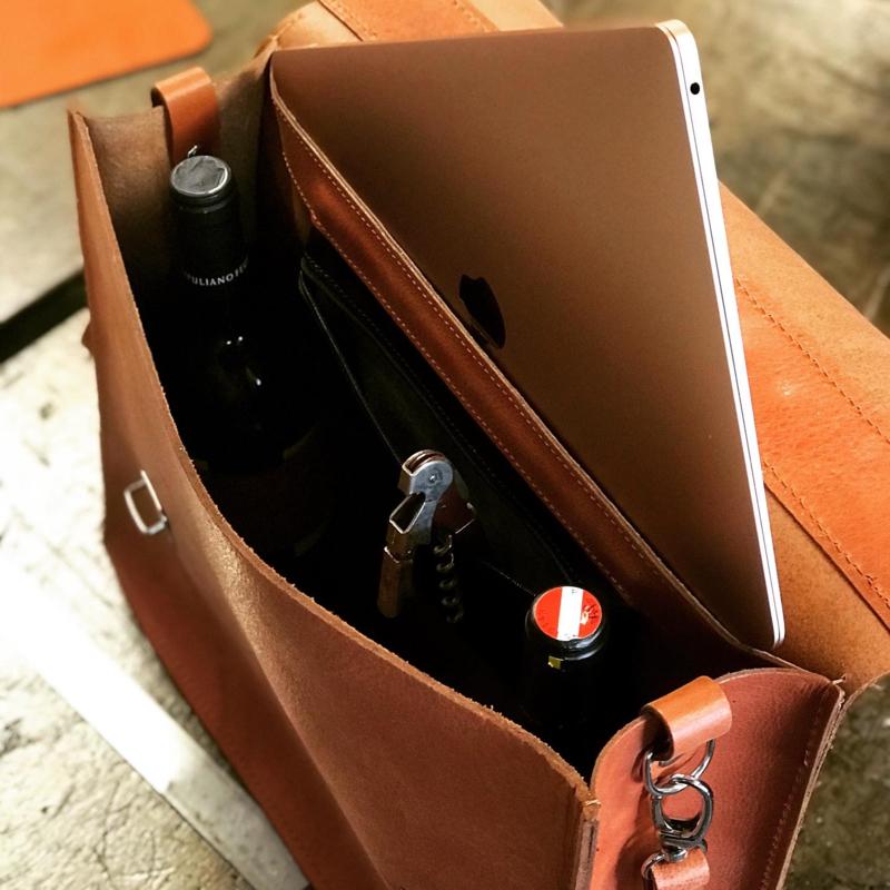 Liam's aktetas voor wijn en whisky liefhebber