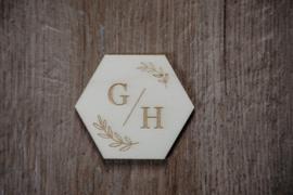 Houten 6-hoek corsage | gepersonaliseerd
