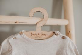 Kledinghanger | Baby [achternaam]