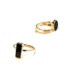 Ring Gold Oval Black Stone