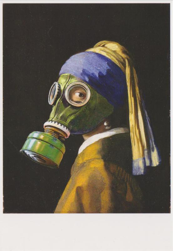 Ansichtkaart Meisje met Gasmasker