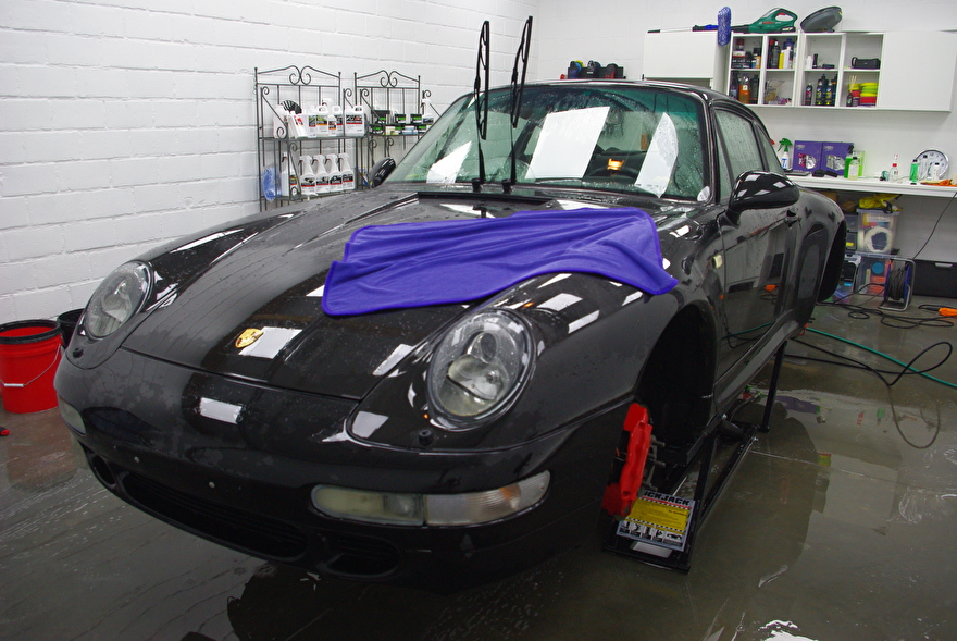Porsche Carrera 4S gedroogd