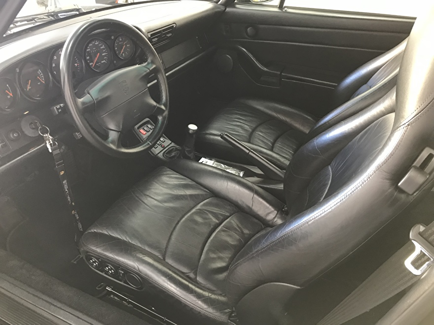 Porsche Carrera 4S interieur