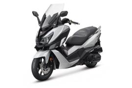MotorScooter: SYM Cruisym 125