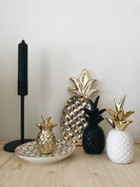 Goudkleurig schaaltje ananas