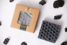 Last Forest Edge Beeswax Soap Charcoal set van 2