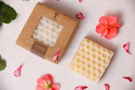 Last Forest Edge Beeswax Soap Geranium set van 2