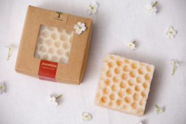 Last Forest Edge Beeswax Soap Jasmine set van 2