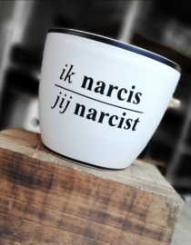 Narcis(t)