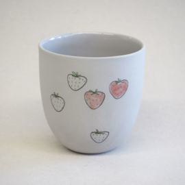 Cup food | Small | Grey | Strawberry