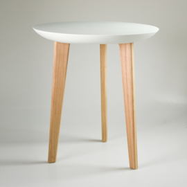 Porcelain table | Mint
