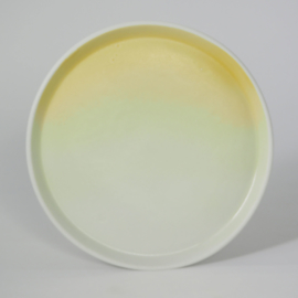 Gradient | Plate | Medium | Yellow
