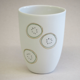 Cup food | Medium | White | Kiwi