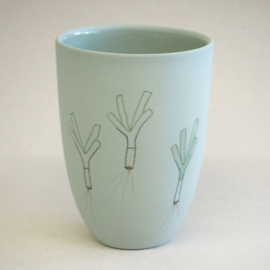 Cup food | Medium | Green | Leek