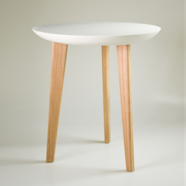 Porcelain table | White