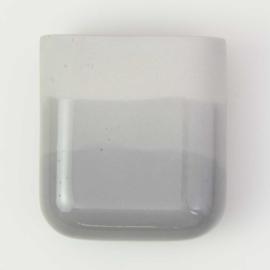 Dip wall vase | Short | Mouse grey 090