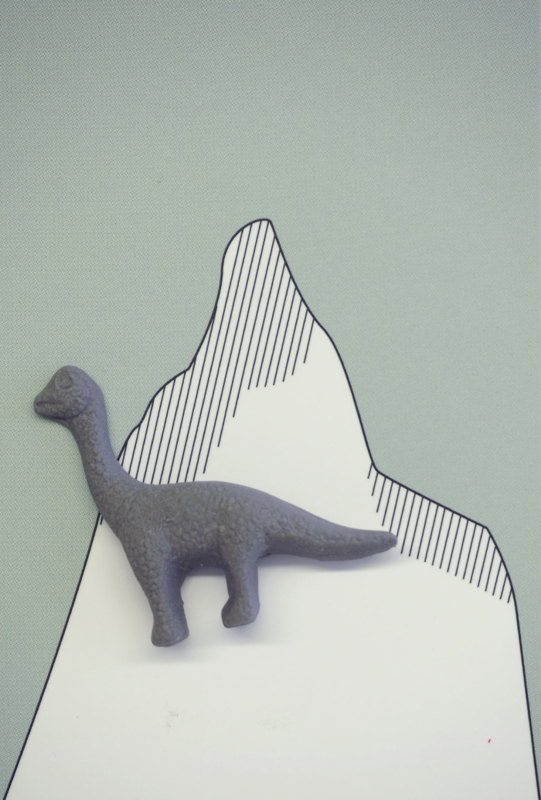Brooche | Dinosaur | 1 | Dark grey