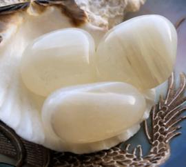 Wit Agaat - set getrommelde stenen - ca 40-50 gram per set