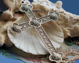 Grote Hanger: Kruis  met gedetailleerde decoratie - 80 mm - Antiek Zilver Kleur