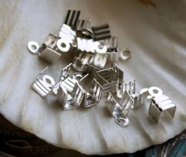 set/30 (= 15 paar) Veter Klem - 7x4 mm - Zilver Kleur Alu