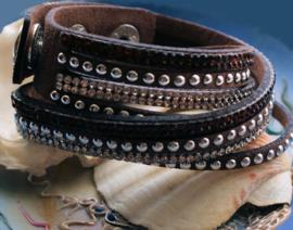 Dubbele 4-rij Armband - Imitatie Leer - Verstelbaar - Bruin Zilver Strass