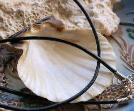 1 Ketting met Slotje - echt Leer - Zwart - Verstelbaar - 2 mm dik