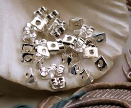 set/50 (= 25 paar) Oorbel Stoppers - Alum. Zilver Kleur - 5 mm