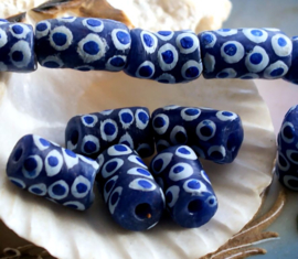 set/3 Krobo TRADE BEADS - Handelskralen uit Ghana - Glas - ca 14x9 mm - Donkerblauw Kobalt Blauw Wit