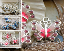 1 Emaille Bedel: Vlinder - 22 mm - Wit of Roze of Blauw + Strass