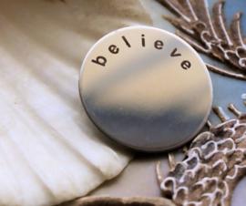 Memory Locket Inhoud (voor glasloze variant) - 23 mm - Believe - Zilver Kleur