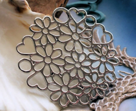 Lovely Pendant: Flowers & Hearts - 43 mm - Antique Silver tone