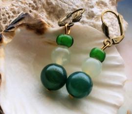 Paar C&G Oorbellen: Antieke White Heart Tradebeads & Jade + Agaat - Groen
