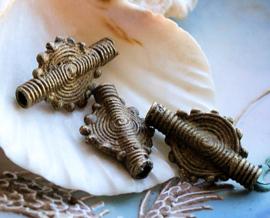 AFRIKA: 1 mooie Handgemaakte Ashanti Kraal - Koper - ca 25x15 mm